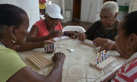 Se adjudica suministro de alimentos a los centros de vida y grupos organizados del programa Adulto Mayor