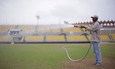 IDER garantiza insumos y maquinaria por el resto del año para mantenimiento del gramado del Jaime Morón