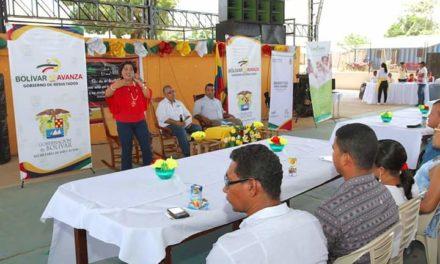 Gobernación de Bolívarexalta labor educativa de docentes del departamento