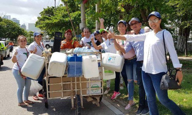 Jornada de 'Control de Plagas y Recolección de inservibles' en Bocagrande y Laguito