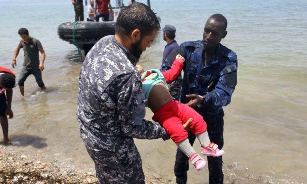 Centenar de migrantes mueren en la costa de Libia