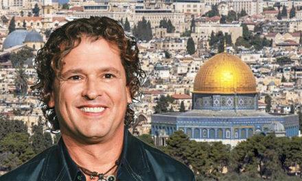 Asoarabe pide a Carlos Vives no cantar en Israel