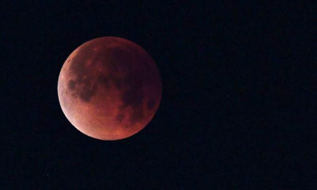 Eclipse Lunar, el más largo del siglo XXI