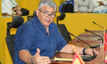Concejal Óscar Marín Villalba acusa acto discriminatorio en su contra por parte de la Contraloría Distrital