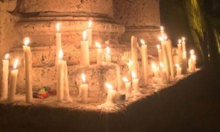 Se encienden luces por líderes sociales asesinados