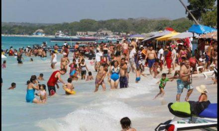 Cardique se reúne con la comunidad de Playa Blanca