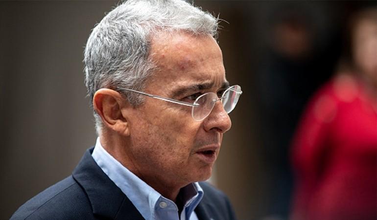 Uribe se opone a la reforma tributaria propuesta por el Gobierno
