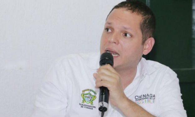 CAPTURAN Al ALCALDE DE CIÉNAGA POR IRREGULARIDADES EN EL PAE