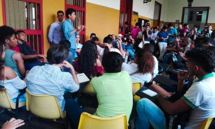 Primera asamblea estudiantil en la UdeC