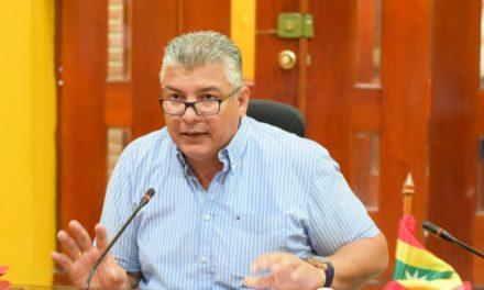 """Óscar Marín Villalba: """"El béisbol cartagenero no ha desaparecido gracias al deseo y aporte de los padres de familia""""."""