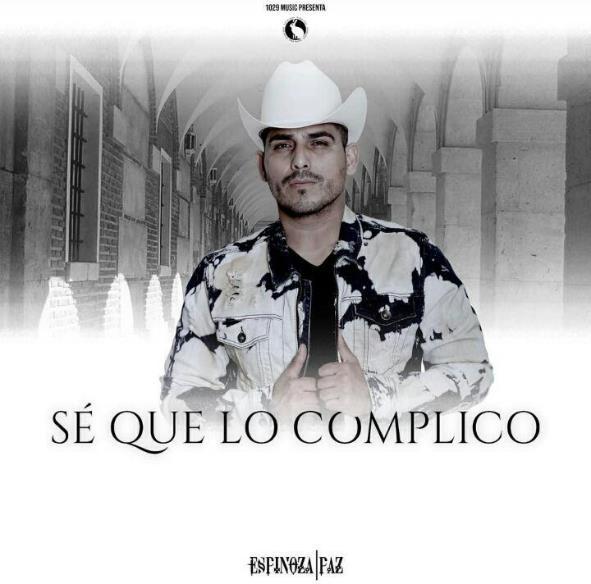 Espinoza Paz vuelve a despertar emociones con nuevo tema