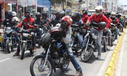 Mototaxistas se movilizarán contra la prohibición de parrilleros