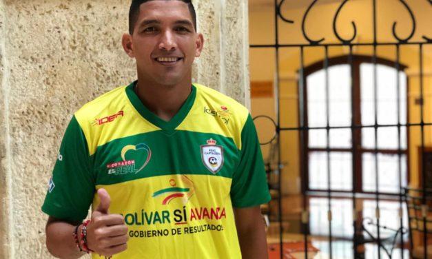 El goleador Edwin Aguilar firmó contrato con Real Cartagena