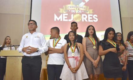 """Gobierno del """"Bolívar SÍ Avanza"""" exalta la excelencia académica de los mejores bachilleres y Directivos Docentes del departamento"""