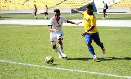Empezó la fiesta del fútbol menor en Cartagena