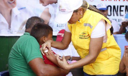 ¡Bolívar, listo con  144 puntos para gran 'Vacunatón' contra el sarampión de este sábado!
