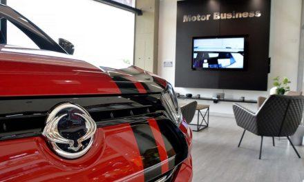 Ssangyong Motor Colombia abre su primera vitrina boutique en el centro comercial Santa Ana