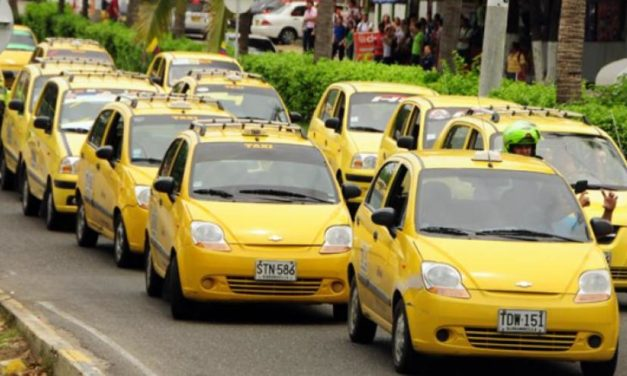 Cartagena bloqueada este jueves por protesta de taxistas