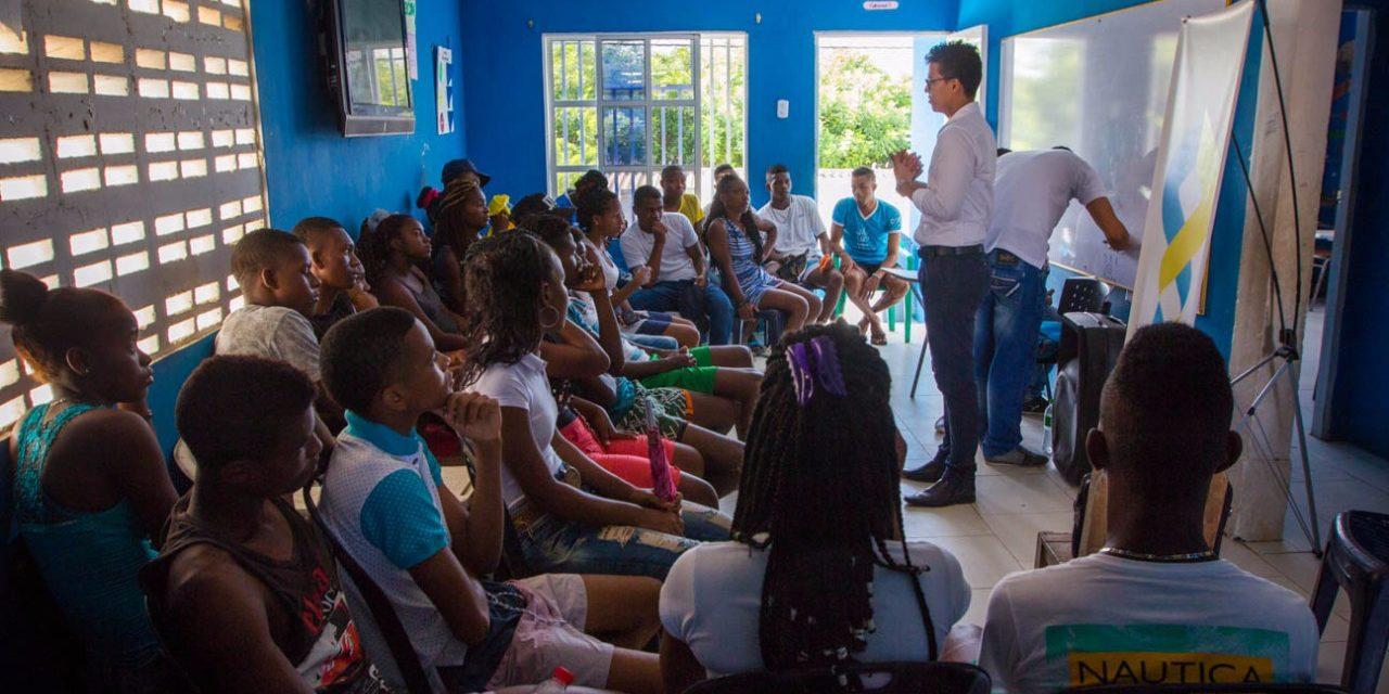 Curso preuniversitario para jóvenes de escasos recursos