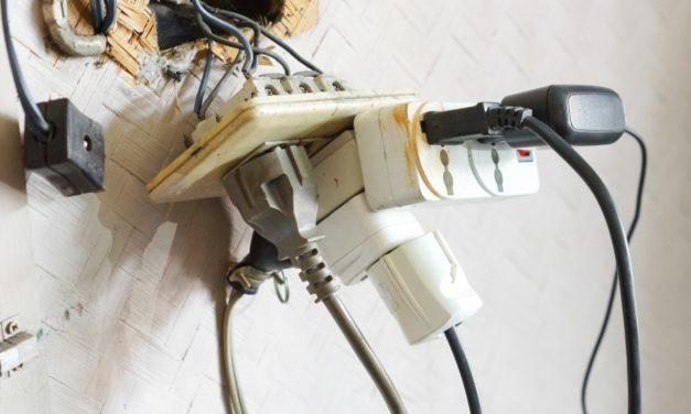 10 reglas de seguridad eléctrica en viviendas y comercios