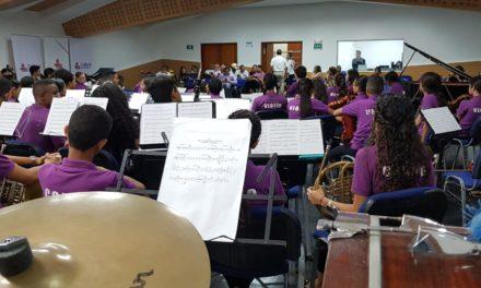 Becas internacionales para estudiantes de música de Comfenalco