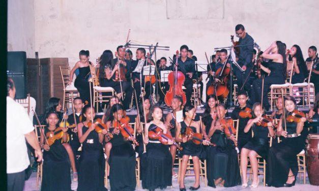 """La fundación """"Tocando puertas"""" se presenta para celebrar el día mundial de la música"""