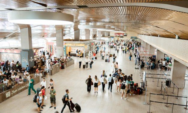 Aumenta movimiento de pasajeros en el Aeropuerto Rafael Núñez