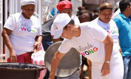 Yolanda Wong Baldiris continúa su recorrido por los barrios de Cartagena