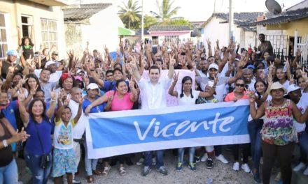 Vicente Blel recorre los barrios de Cartagena