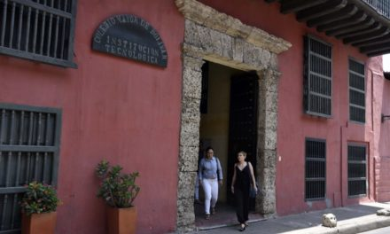 Se desmiente la entrega de becas por parte del Colegio Mayor de Bolívar