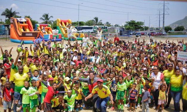 Niños y jóvenes se apropian de escenarios deportivos en la Vía Perimetral