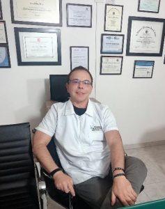 Láser Fraxel el método utilizado por famosos para rejuvenecer y quitar manchas en la piel, recomendado por el doctor Marco Martínez experto en medicina estética.