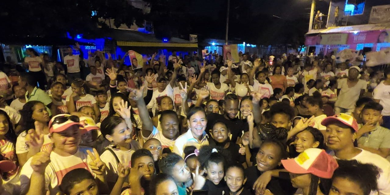 Yolanda Wong, imparable en los barrios de Cartagena