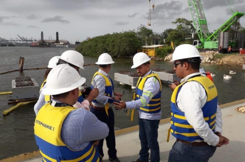 Tubería de gas natural afectada por derrumbe en Carmen de Bolívar