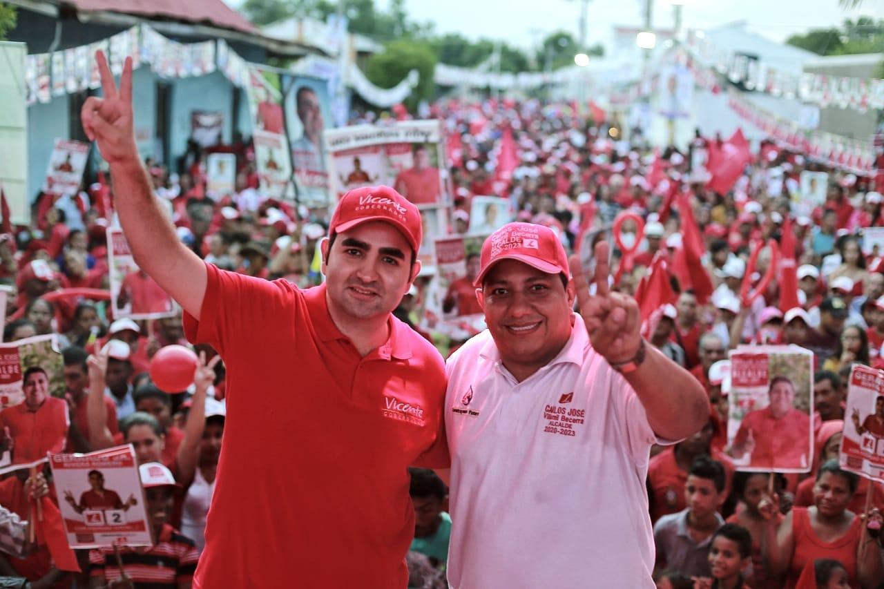 """Vicente Blel: """"Con propuestas serias nos ganamos el respaldo de los bolivarenses"""""""