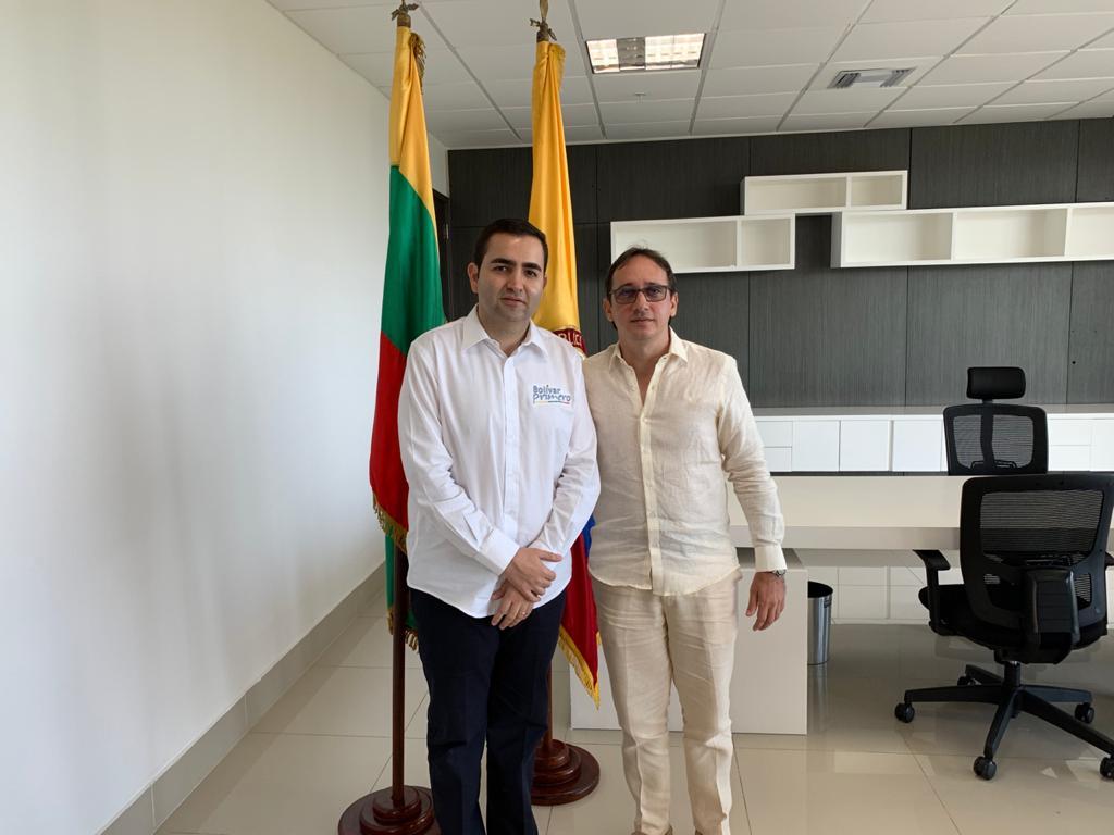 Director de Cardique se posesiona ante el gobernador, Vicente Blel