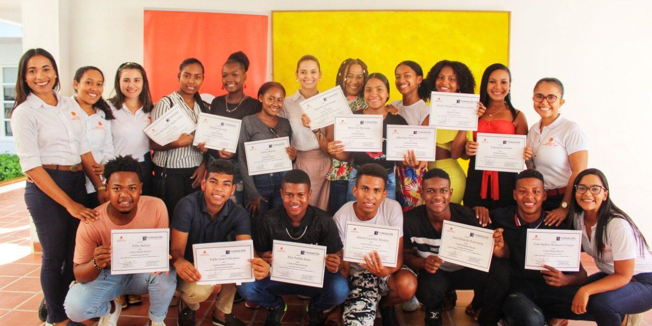 Fundación Serena del Mar entrega 17 nuevas becas a jóvenes de Cartagena
