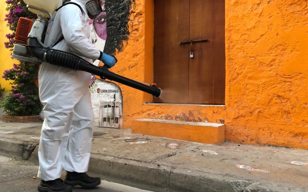 Desinfección en zonas públicas del Centro Histórico y Getsemaní