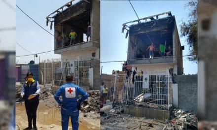 Entrega de ayuda humanitaria a familia afectada por incendio en Olaya