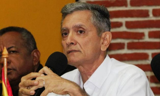 Director del Dadis, Álvaro Fortich, renuncia a su cargo