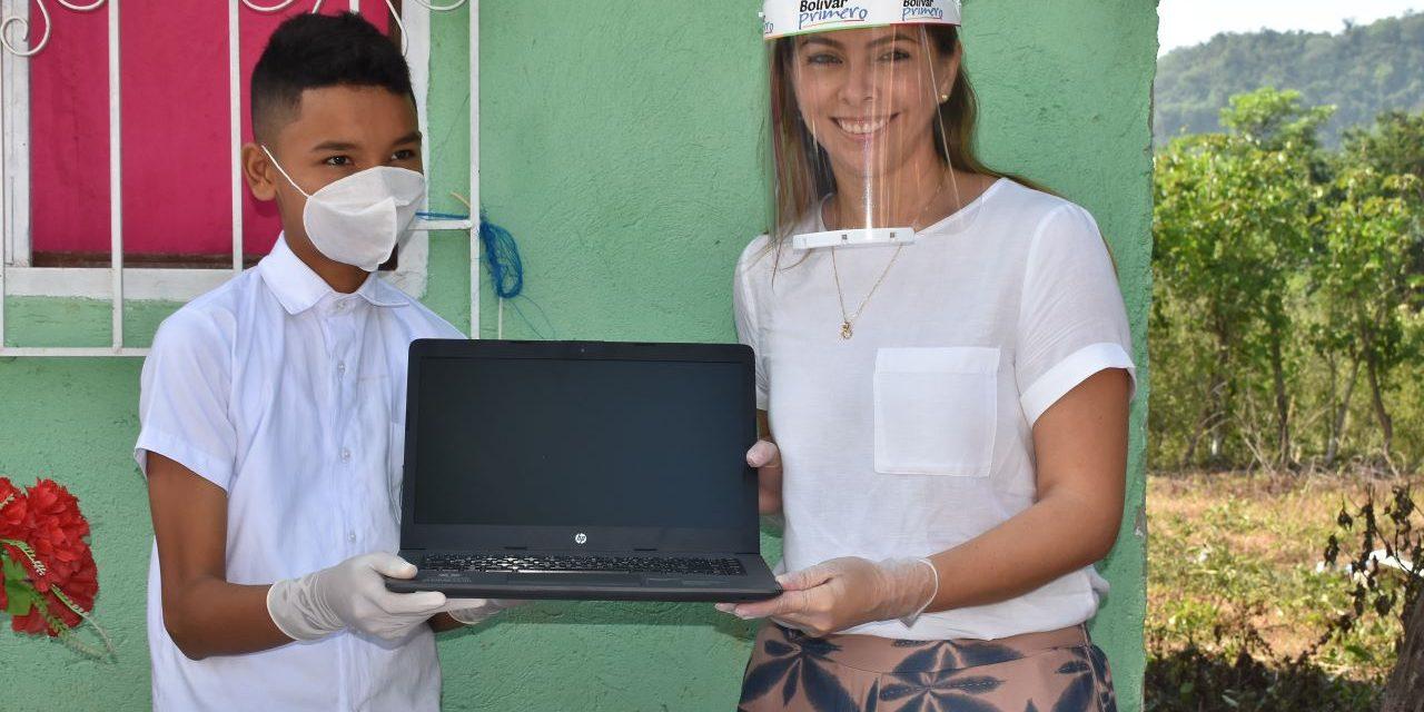 Secretaría de Educación y Computadores para Educar entregaron 2.892 terminales para favorecer procesos pedagógicos en 11 municipios de Bolívar