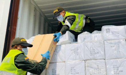 DIAN y Policía Fiscal Aduanera, aprehenden 767 unidades de básculas de contrabando