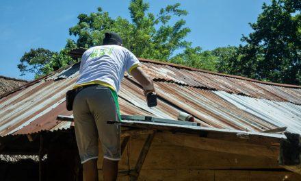 Campesinos instalan paneles solares en Montes de María