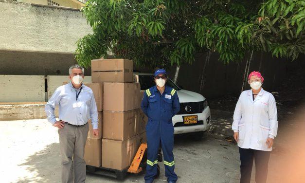 Refinería de Cartagena entrega 1.000 trajes de bioseguridad a personal del HUC