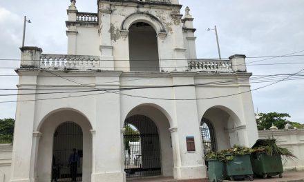 Se le harán mejoras al cementerio Santa Cruz de Manga bajo la supervisión del IPCC