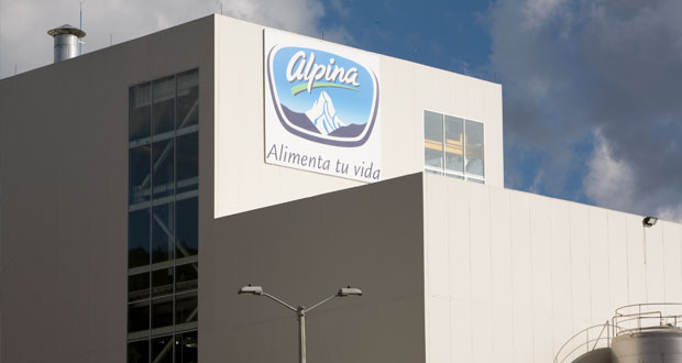 Alpina explica importación de 40 mil toneladas de leche