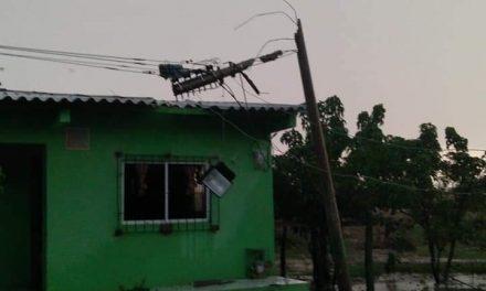 Vendaval afectó servicio de energía en municipios de la Línea