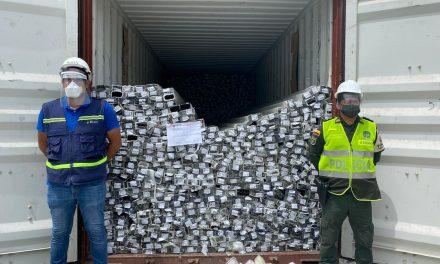 En Cartagena fue detenido un contenedor cargado con perfiles de aluminio