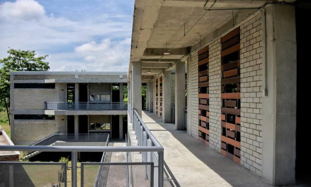 Gobernación de Bolívar entrega mega-colegio en Mompox