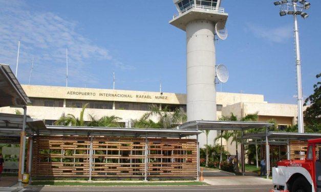 Retienen a extranjeros sin razón alguna en el Aeropuerto Rafael Núñez